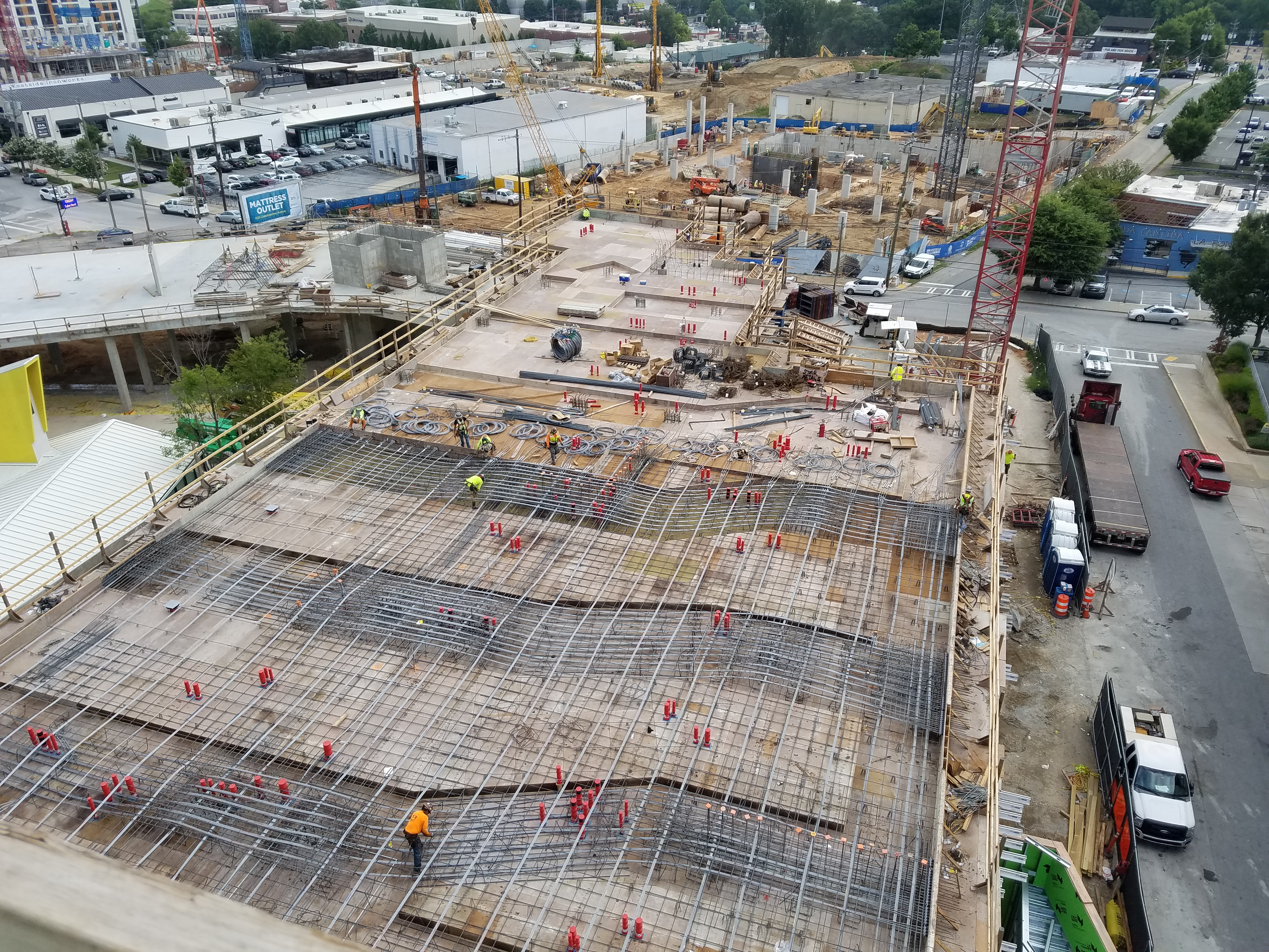 Star Metals Residences construction